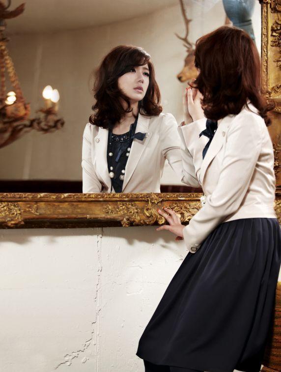 http://canaldrama.cowblog.fr/images/kaka/Yooneunhyeyooneunhye8893516572757-copie-1.jpg